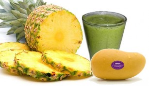 Pineapple-Mango Green Smoothie